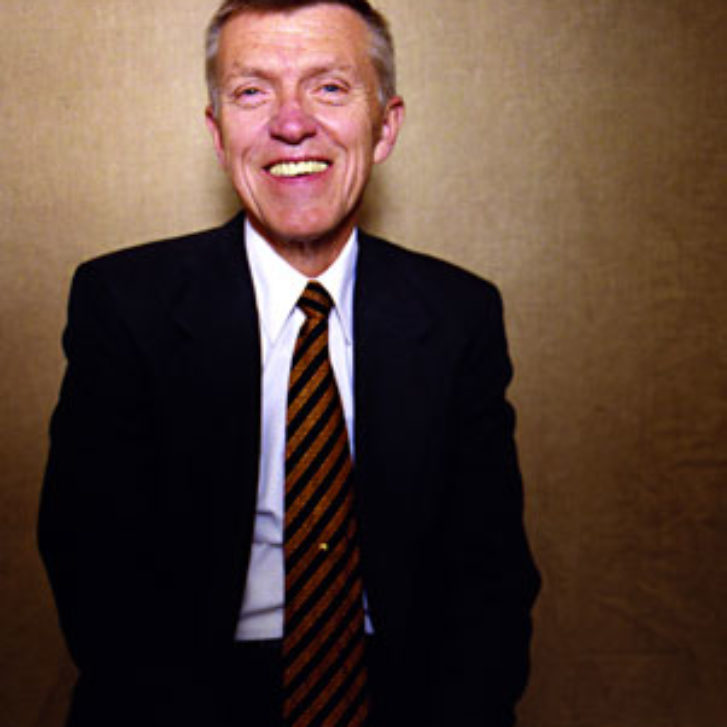 He Made Airlines Fly Higher: Robert L. Crandall, WG'60